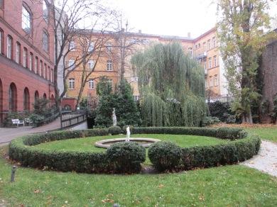 berlin courtyard Potsdamer Strasse